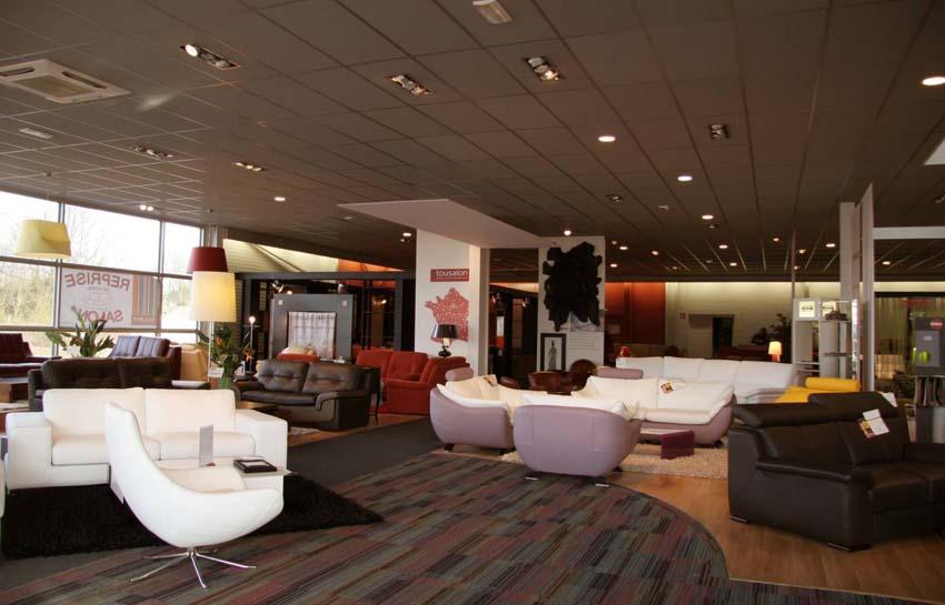Tousalon en images les franchises du meuble for Tous salons