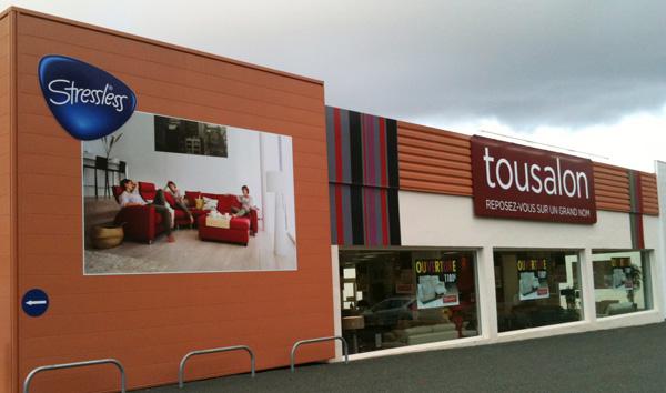 tousalon transforme castres les franchises du meuble. Black Bedroom Furniture Sets. Home Design Ideas